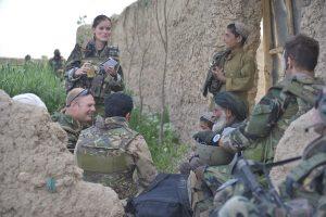 Afghanisthan;13 april 2010;Uruzgan;FOB Cop Tabar;Mariniers;voetpatrouille;poppyvelden